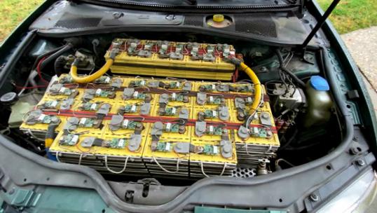 تبدیل خودروی بنزینی به برقی چقدر هزینه دارد؟