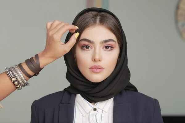 ریحانه پارسا با حجاب شد + عکس