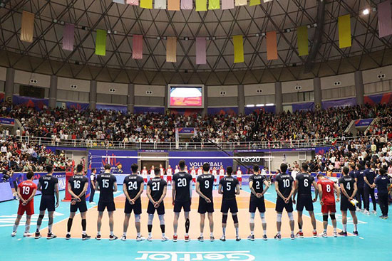 تیم ملی والیبال ایران مقابل لهستان